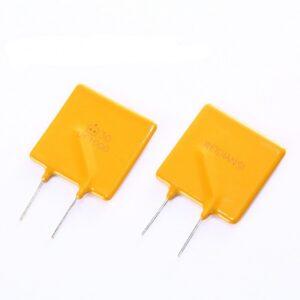 فیوز قابل برگشت - ریستی 30 ولت 10 آمپر
